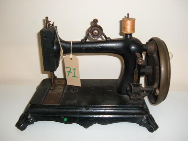 viking sewing machine history
